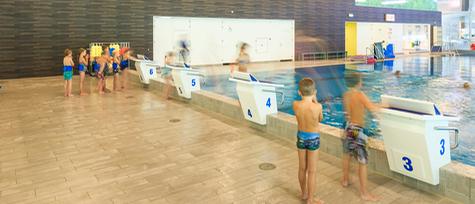 Wedstrijdzwembad van Steinerbos in Stein (foto: Op 't Root & Beerts arch. & cons. / John Sondeyker)